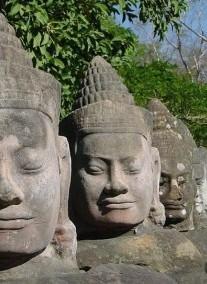 2020.03.08-03.25. 18nap/16éj Vietnam-Laosz-Kambodzsa